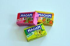 Für viele sind sie der absolute Hit aus der Kindheit: MAOAM!  Die fruchtigen Kaubonbons in fünf Geschmackssorten schmecken nicht nur lecker, sondern wecken auch Kindheitserinnerungen.