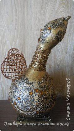 Декор предметов Аппликация из скрученных жгутиков Вот так Гусь Бисер Салфетки фото 1 Bottle Charms, Altered Bottles, Gourds, Pewter, Jars, Projects To Try, Craft Ideas, Crafts, House