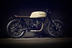 Suzuki GSX250 Cafe Racer by POP BANG CLASSICS #motorcycles #caferacer #motos | caferacerpasion.com