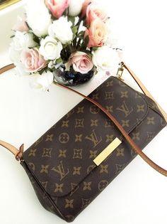 So beautiful ! #LV #bag #fashionista #style #ootd