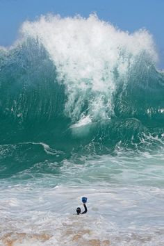 Water - big wave..