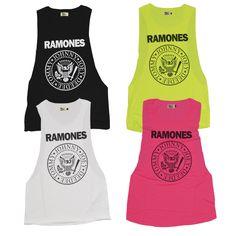 Ya está disponible la colección exclusiva y limitada de camisetas cortadas supersisa en colores intensos de los Ramones. Sólo por tiempo limitado y sólo en www.tiendas13.com