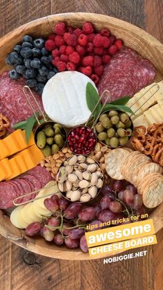 Charcuterie Boards are so fun to put together, here's our best tips and tricks. How to Make a Charcuterie Board Charcuterie Boards aka cheese boards are the perfect no fuss party appetizer. Charcuterie Recipes, Charcuterie And Cheese Board, Charcuterie Platter, Cheese Boards, Antipasto Platter, Crudite Platter Ideas, Grazing Platter Ideas, Cheese Board Display, Hummus Platter