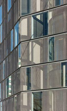 Since 1998 the Web Atlas of Contemporary Architecture Modern Architecture Design, Architecture Office, Facade Design, Modern Buildings, Building Skin, Building Facade, Building Exterior, Shop Facade, Metal Facade