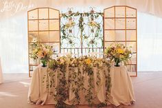 """Romantic rustic garden"" | Decor and floral by LatteDecor; Organization by AjurWedding."