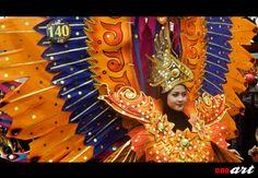 Malang Flower Carnival Tahun 2016 tahun ini diselenggarakan dengan sangat meriah dengan pemenangnya merupakan kontestan dengan nomor 170 dan juara 2 kontestan dengan nomor 169. Anda bisa melihat foto-foto lebih jelasnya mengenai Malang Flower Carnival dalam nnoart.