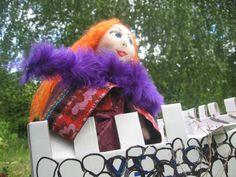 prinzessin Dulcinelle, GotikArt, Stoffpuppe, Puppe von Lieblingspuppen auf DaWanda.com