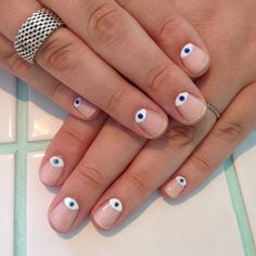 Half moon eye mani by yaz - inspo from the ever amazing Beauty Nails, Beauty Makeup, Nail Artist, Nail Inspo, Diy And Crafts, Birthday Gifts, Best Gifts, Nail Designs, Make Up