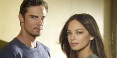 """""""Beauty and the Beast' Season 4 Renewal Rumors Circulate After Mystery Tweets"""" Let's just wait for the 3rd Season to be shown and hope for the best for Season 4 #batb #vincat #beasties"""