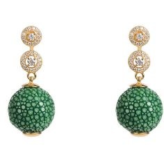 Latelita London - Stingray Ball Earring With Zircon Emerald Green... (£165) ❤ liked on Polyvore featuring jewelry, earrings, jade jewellery, pave jewelry, zircon jewelry, star jewelry and pave earrings