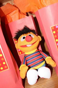 Ernie!! (No Cari! You can't hold it!!)