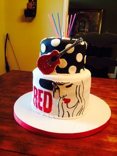 Taylor Swift Red Cake. It's my birthday in four weeks someone should send me this...