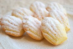 Francouzské recepty Archivy - Avec Plaisir Christmas Baking, Christmas Cookies, Czech Recipes, Sweet And Salty, Cooking Tips, Food And Drink, Sweets, Bread, Cake