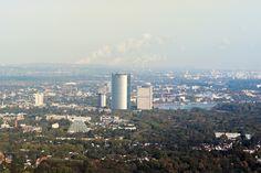 Bürgerbund Bonn stellt sich gegen möglichen Turmbau in der Rheinaue Bonn Germany, Seattle Skyline, San Francisco Skyline, Travel, Amusement Parks, Things To Do, Viajes, Destinations, Traveling