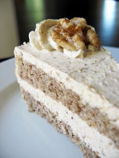 The Baking Life: Diós Torta or Walnut Torte with Walnut Custard Buttercream ***omit bread crumbs which line the pan*** Hungarian Desserts, Hungarian Cake, Hungarian Recipes, Croatian Recipes, Hungarian Food, Hungarian Cuisine, Sweet Recipes, Cake Recipes, Dessert Recipes