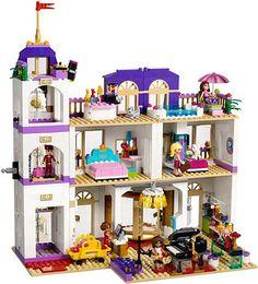 LEGO Friends 2015: 41101 - Heartlake Grand Hotel #Lego #LegoFriends