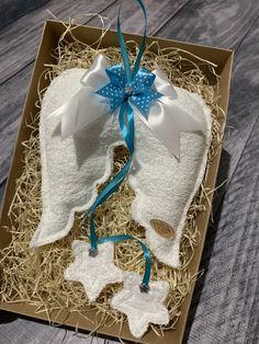 Anjelské krídla, ručne šité. Vyška krídla je 20cm, celá dľžka cca 45cm. Amart design Angel Wings, Gift Wrapping, Handmade, Gifts, Gift Wrapping Paper, Hand Made, Presents, Wrapping Gifts, Favors