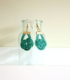 Leather cord knotted earrings
