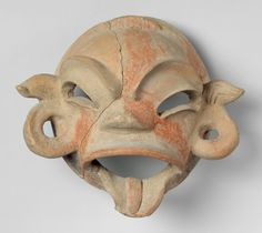 centuries BCE- Mask from Tlatilco, in what will later be Mexico. Native American Masks, American Art, Ancient Aliens, Ancient Art, Ceramic Mask, Sculptures, Lion Sculpture, Bird Skull, Masks Art