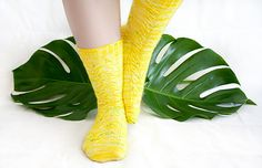 Radiative Socks - FREE Pattern Tisserin Coquet for Knotions Magazine