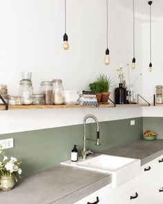 Decorative objects Objets d co olive green kitchen wall credence white wall Olive Green Kitchen, Green Kitchen Walls, Kitchen Wall Colors, Home Decor Kitchen, Room Interior, Interior Design Living Room, Home Kitchens, Kitchen Decorations, Interior Colors