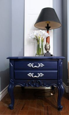 Refinished in Liberty Blue Fusion. $150 at The Salvage Yard Co. Email: SalvageYardCo@gmail.com for purchase details.