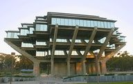 The UCSD Geisel Library in San Diego is an extravagant sight. Built in late 1960s, the university library designed by William Pereira was renewed to its current form in 1995 by Gunnar Birkerts. With the renewal, the library was re-named after Audrey and Theodor Geisel – the famous children's writer also known as Dr. Seuss.   #SanDiego #SD #sights