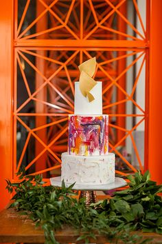 Colourful Marbled Wedding Invitations Inspiration | Colourful Wedding Cake with geometric gold topper