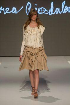 Collection of Andrea Pojezdálová presented during Fashion LIVE! Presents, Live, Collection, Fashion, Gifts, Moda, La Mode, Fasion, Gifs