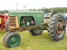 Super 88 Diesel Oliver Tractor       https://www.youtube.com/user/Viewwithme
