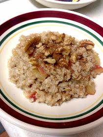 Amy's Nutritarian Kitchen: Apple Pie Oatmeal in the Pressure Cooker