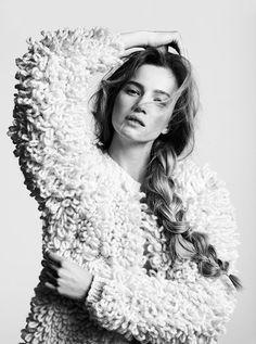 knitwear design by Nanna van Blaaderen