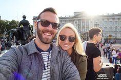 // Went to see the  of England. // #london  #travel #travelvlog #mirandsir #travelblog #adventure #igdaily #love #wheretofindme #beautifuldestinations #instatravel #wanderlust #travelgood #instagood #igdaily #instalike #wanderer #europe #bestoftheday #lifestyle #motivation #inspire #happiness #instago  #worldtravel #beautiful #travelpics #traveladdict #travelbug #travelphotography