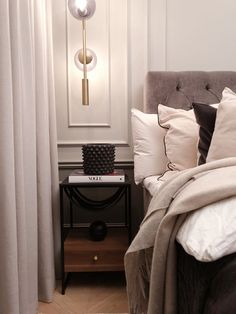 Room Ideas Bedroom, Bedroom Colors, Home Bedroom, Bedroom Decor, Lets Stay Home, Beautiful Home Designs, Apartment Interior, My New Room, House Rooms