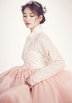 Suzi hanbok // Hanbok lolita dress inspiration