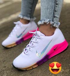 Avia Men's Back Cage Athletic Sneaker - Sneakers Nike - Ideas of Sneakers Nike - Avia Men's Back Cage Athletic Sneaker Nike Workout Shoes, Nike Shoes, Soccer Shoes, Sneakers Workout, Sports Shoes, Workout Gear, Cute Sneakers, Sneakers Nike, Green Sneakers