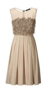 love this dress, if it came in a color would be great to wear to a wedding or event!