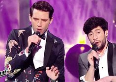 """GIF mikamemoriesbank: Mika """"Happy Ending with MB14 """""""
