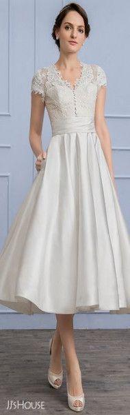 New Wedding Vows Hilarious Bridesmaid Dresses 36 Ideas Lace Wedding Dress, Lace Bride, 2015 Wedding Dresses, Wedding Dresses Plus Size, Trendy Dresses, Bridal Dresses, Nice Dresses, Lace Dress, Bridesmaid Dresses