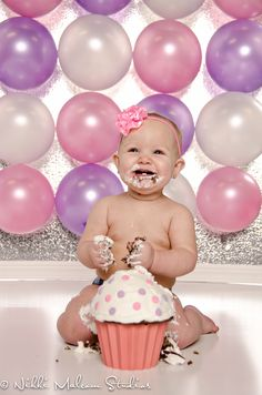 Baby's 1st Birthday Cake Smash---love the BIG cupcake and balloons
