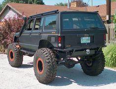 Photos of Jeep Cherokee XJ. Photo jeep-cherokee-xj_05.jpg. CARS-IMG.COM