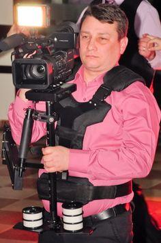 Cristi Turculet - videograf filmare nunta Suceava Film, Fictional Characters, Movie, Movies, Film Stock, Film Movie, Film Books, Films, Fantasy Characters