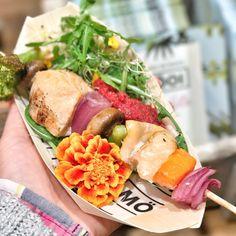 Salmón mooi masticar 2017 Cobb Salad, Food, The Chew, Meal, Essen, Hoods, Meals, Eten