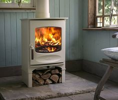 Charnwood's C-Series (C-Four), classically styled wood burning stove