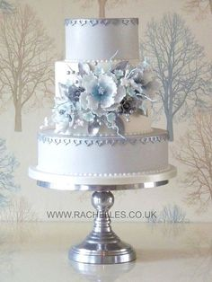 Wedding Cakes : Results of the last masterclass until later this year. Amazing Wedding Cakes, Elegant Wedding Cakes, Elegant Cakes, Wedding Cake Designs, Amazing Cakes, Gorgeous Cakes, Pretty Cakes, Super Torte, Cupcakes Decorados