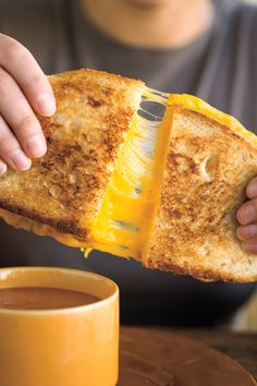 grilled cheese pull picture