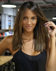 6 Things you need to know about Balayage Highlights – Stylish Hairstyles Jessica Alba Haar, Medium Hair Styles, Short Hair Styles, Hair Contouring, Balayage Hair, Balayage Highlights, Caramel Hair Highlights, Short Balayage, Subtle Highlights