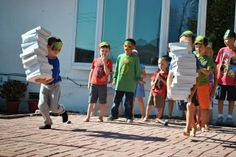 marriage, motherhood, and ministry: A Teenage Mutant Ninja Turtle Birthday Party - Pizza box relay game