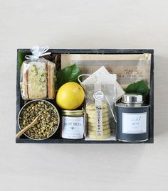 Early Spring Gourmet 2017 Collection: Tea & Honey | Winston Flowers