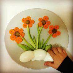 Food Crafts, Diy Food, Food Platters, Food Dishes, Kreative Snacks, Salads For Kids, Food Art For Kids, Food Sculpture, Creative Food Art
